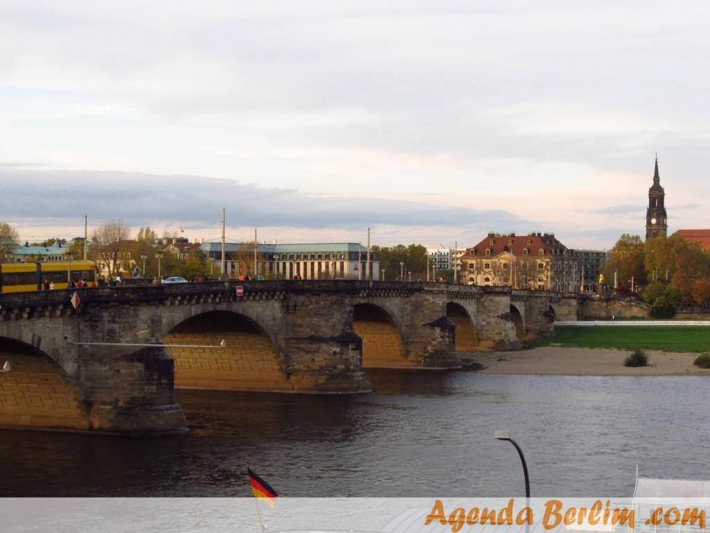De Berlim a Dresden: Augustusbrücke