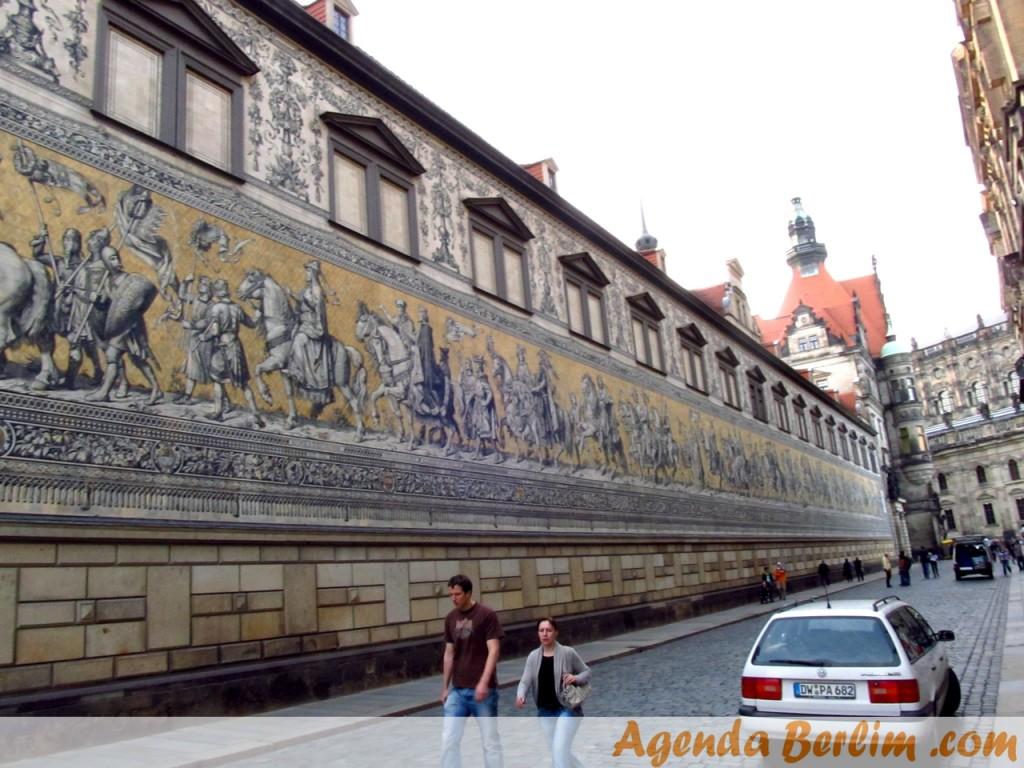 De Berlim a Dresden: Fürstenzug