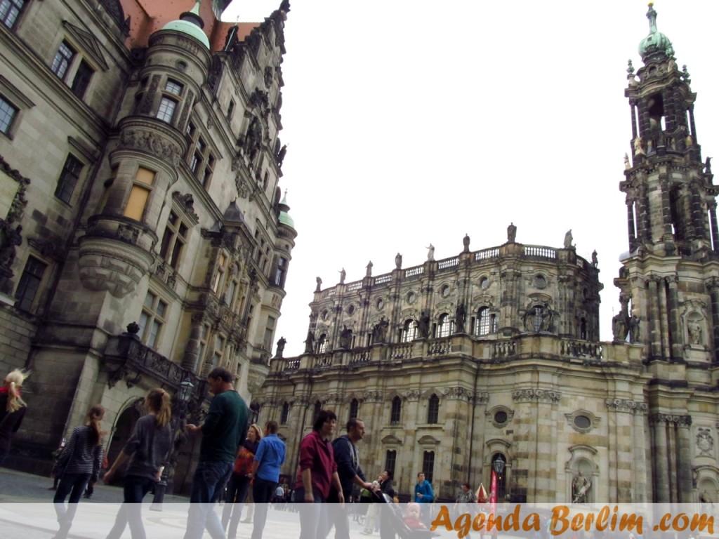 De Berlim a Dresden: Georgentor e Catedral