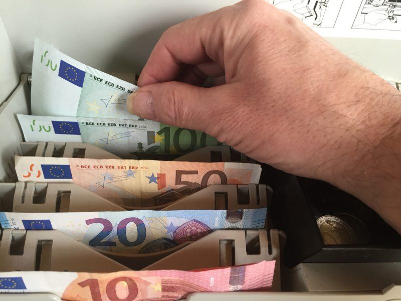 costumes alemães, dinheiro, cash alemanha
