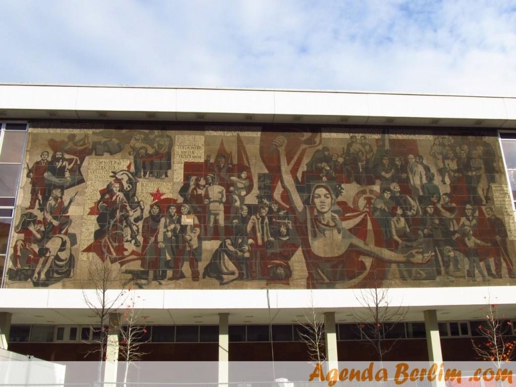 De Berlim a Dresden: Palácio da Cultura