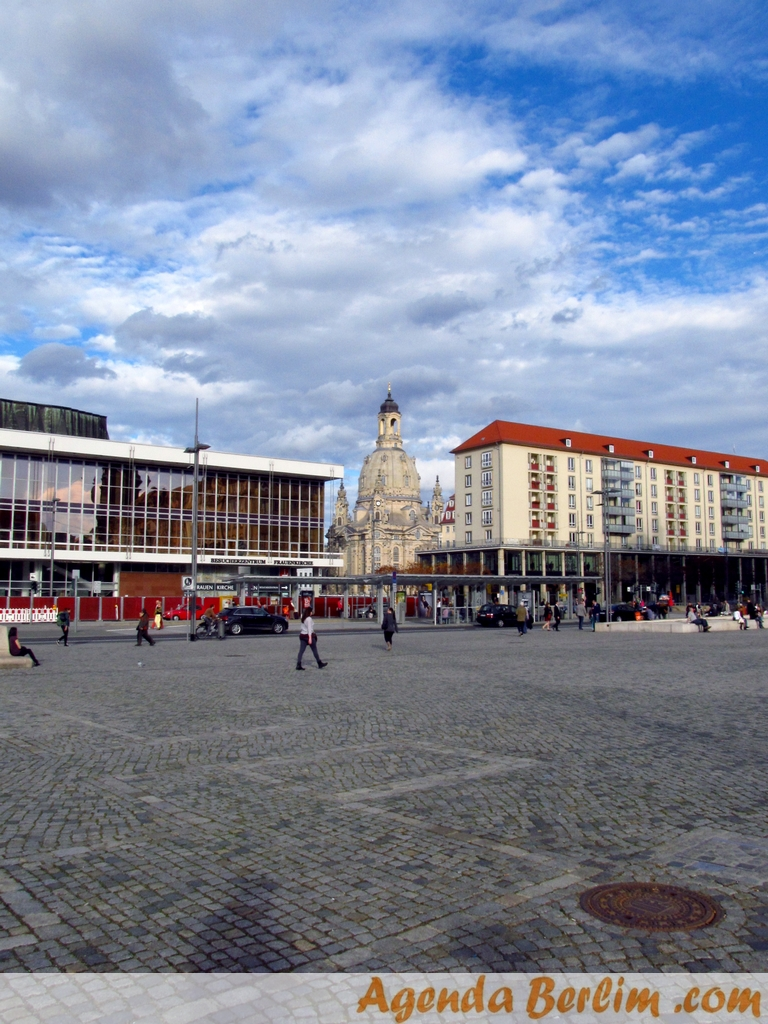 De Berlim a Dresden: Palácio Altmarkt