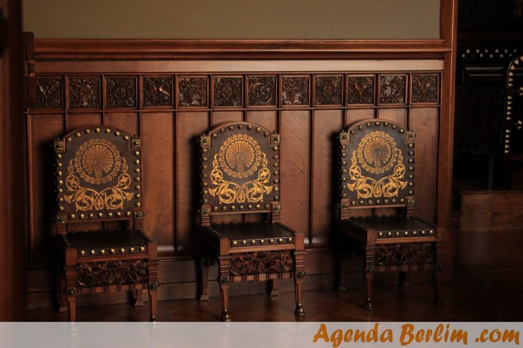 Cadeiras no Palau Güell