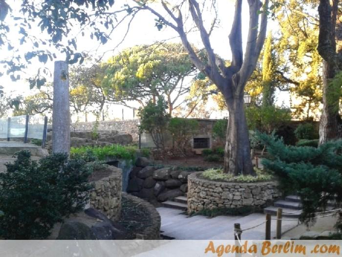 Jardim Romântico dentro do Castelo