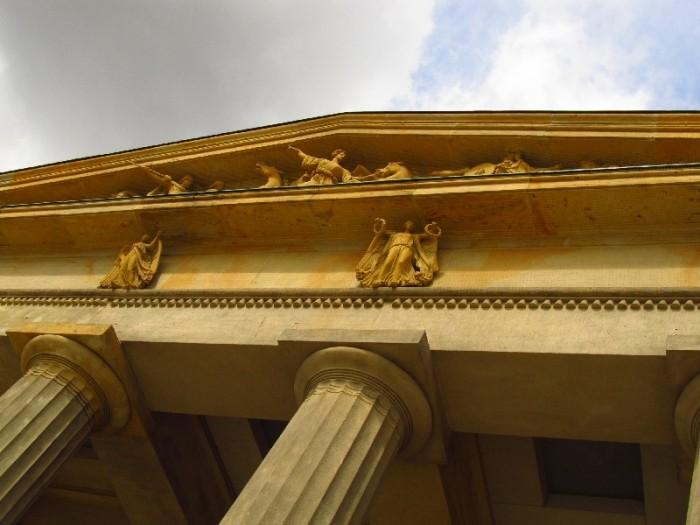 Detalhes do prédio da Neue Wache ©AgendaBerlim