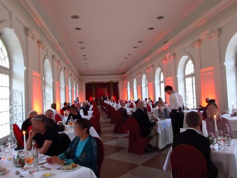 O jantar é na Orangerie do Palácio