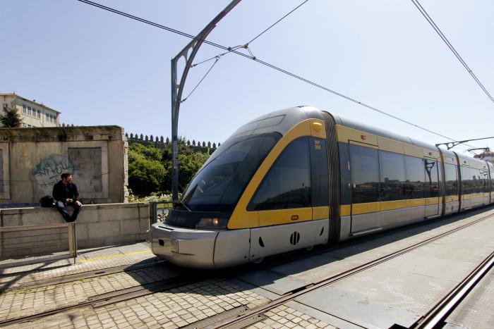 O metro do Porto (por Priscila do Cultuga)