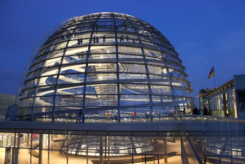 Cúpula do Parlamento alemão Berlim - agendaberlim