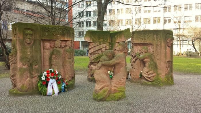 Protesto Mulheres contra o Nazismo. Rosentrasse Berlim