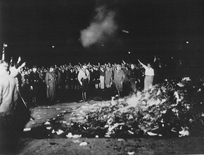 memorial da queima dos livros