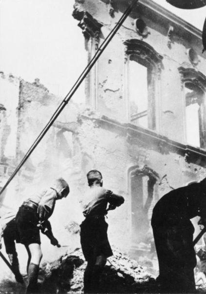ruínas da segunda guerra berlim