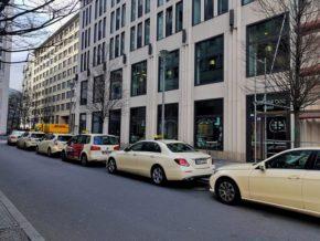 Pegando táxi em Berlim: tudo o que você precisa saber